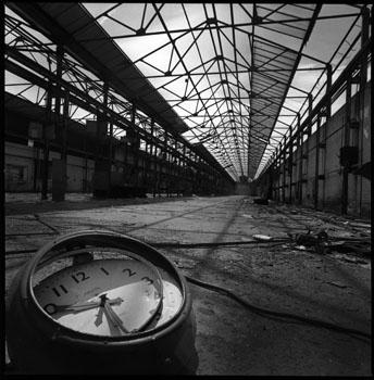 warehouse-clock-small